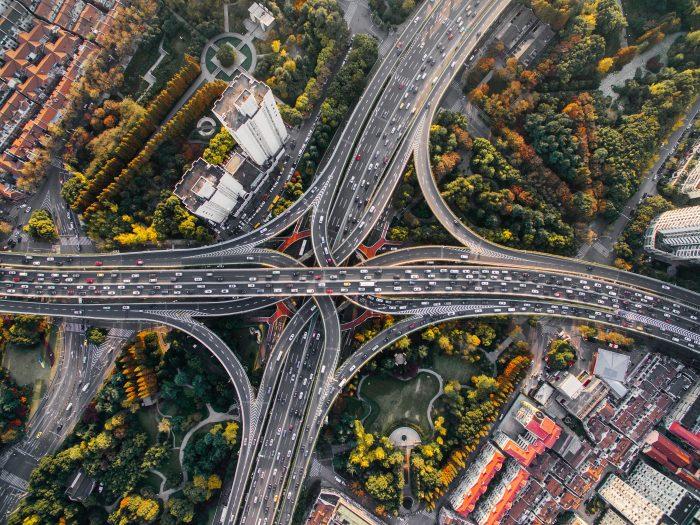 photo urbaine prise au drone