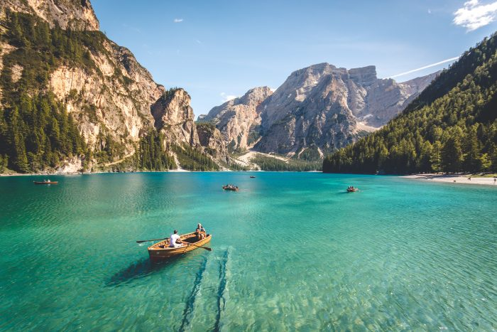 paysage lac de montagne